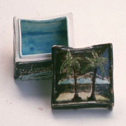 "small box with Palm Trees 2""x2""x2"""